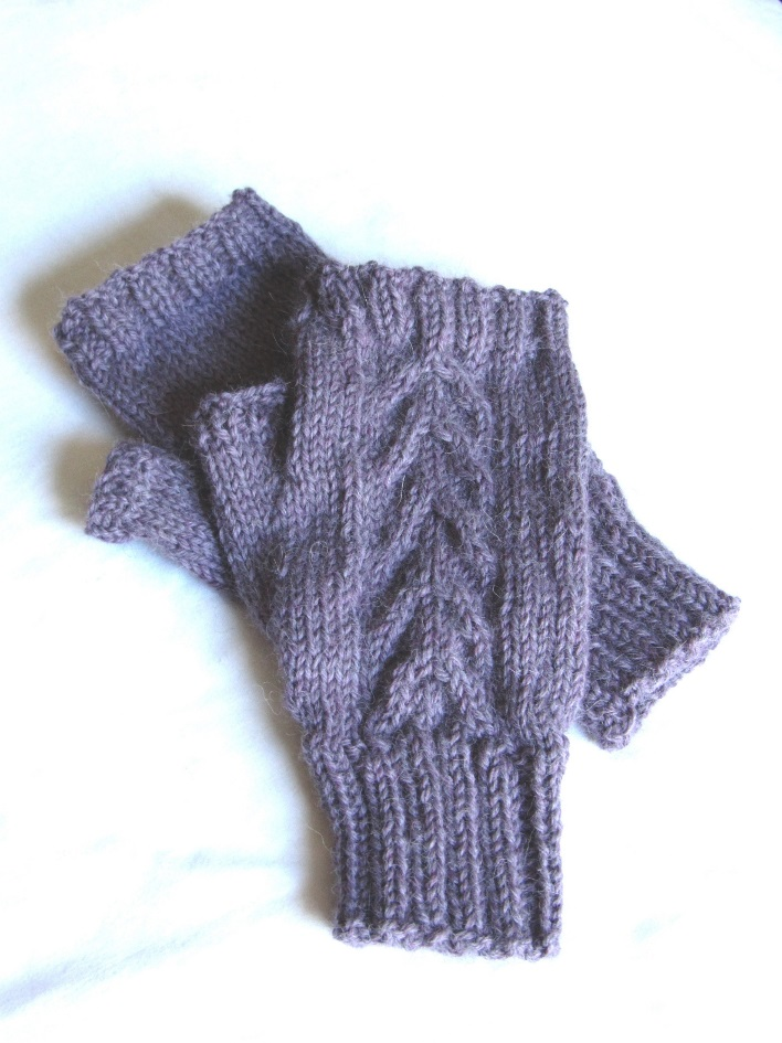 K C Knit Celtic Cable fingerless gloves texting mitt photo