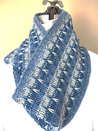 Highland Fling Cowl by KC Knit photo
