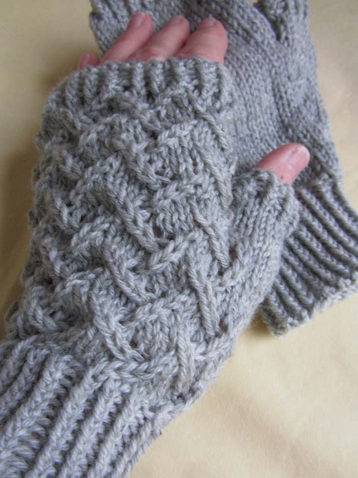 K C Knit Cape May diamonds fingerless glove texting glove photo