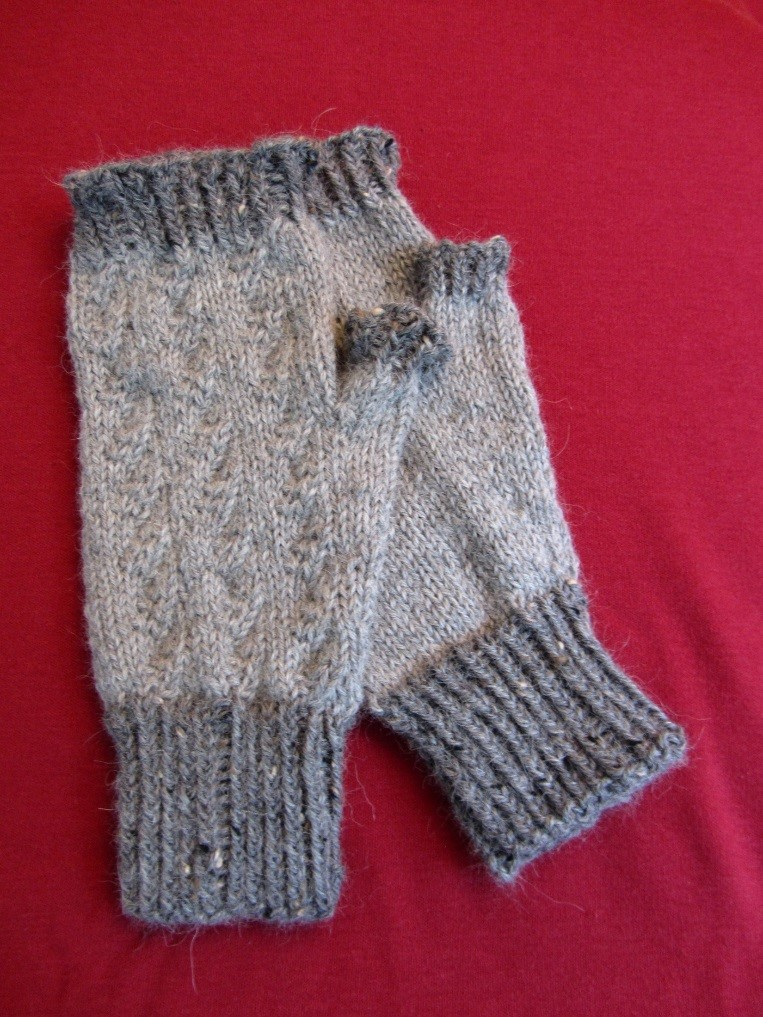 KC Knit Mock Cable Mitts